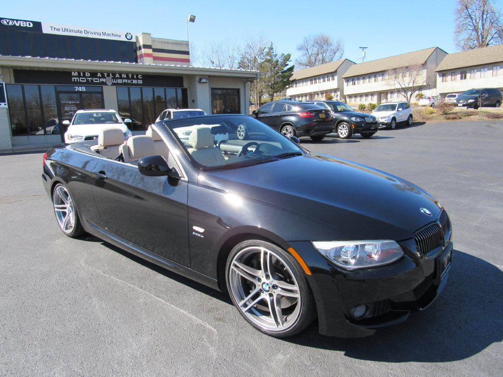 2011 BMW 335IS CONV Rare! 37k Miles-Ultra Clean!