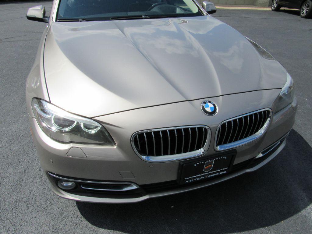 2014 BMW 528I XDRIVE NAV 1 Owner! LUX Pkg-Camera-CLEAN!