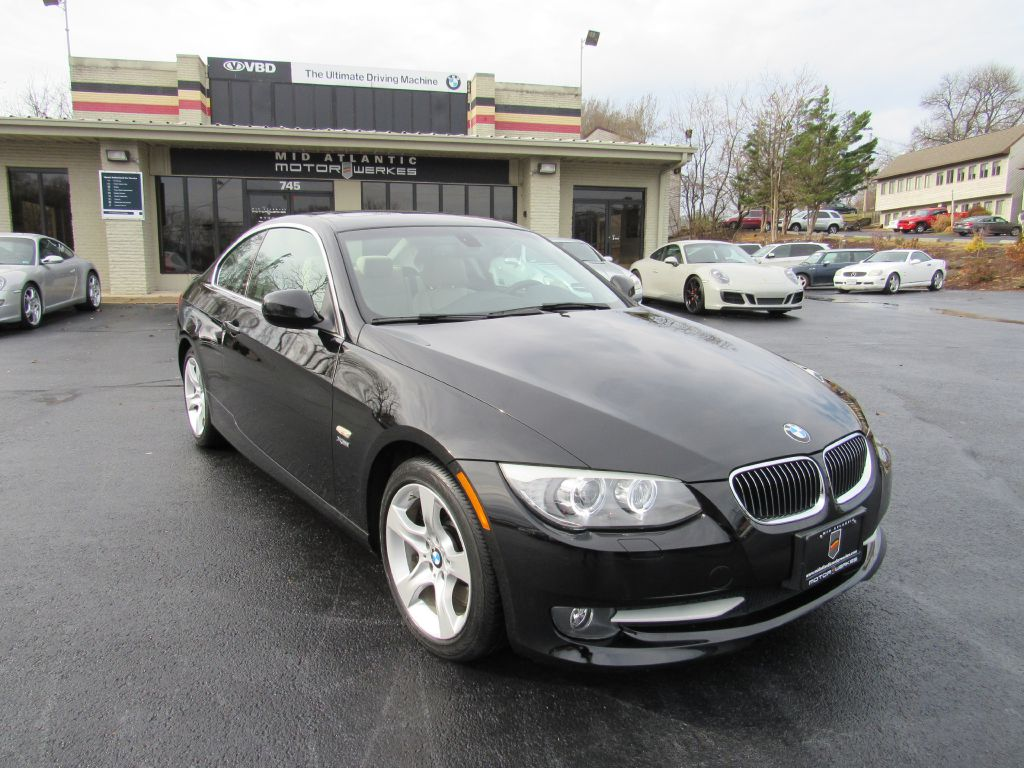 2011 BMW 335 XDRIVE NAV Low Miles! Heavy Options!!