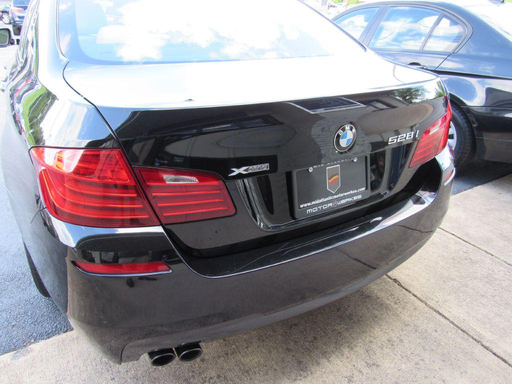 2015 BMW 528 XDRIVE ///M Sport Pkg-HUD-Camera-NAV