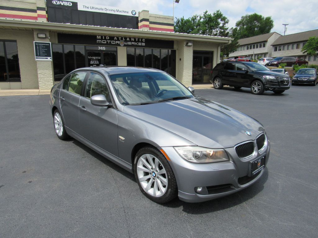 2011 BMW 328I XDRIVE 1 Owner! Premium - New Tires!