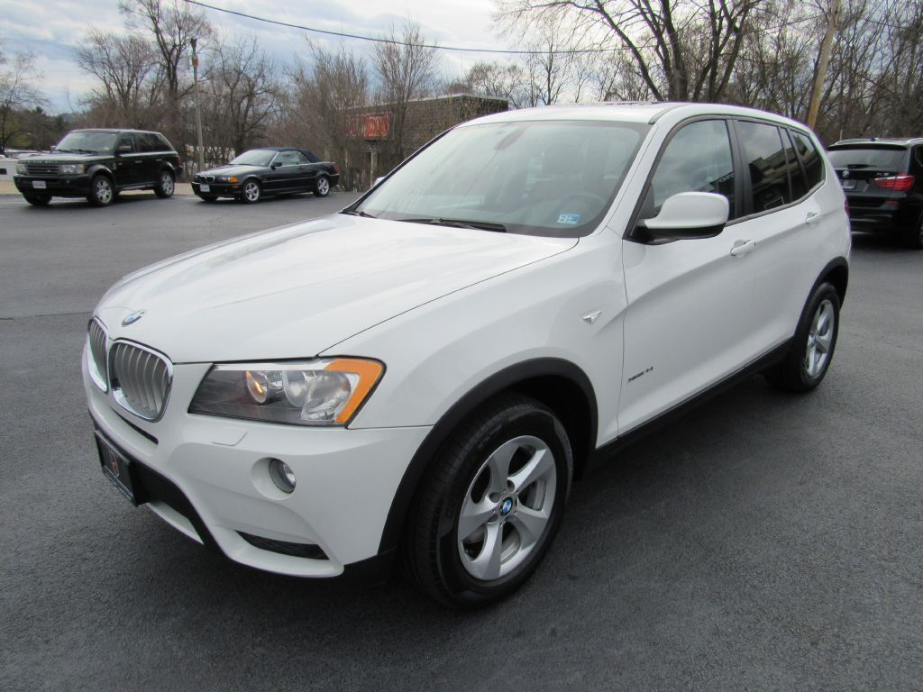 2011 BMW X3 XDRIVE 28I NAV-Heated Seats-Low Miles!!