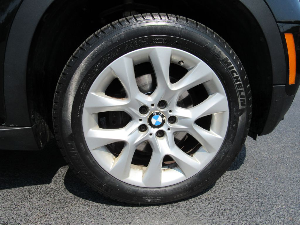 2012 BMW X5 35I XDRIVE NAV-Camera-Serviced-Michelins!