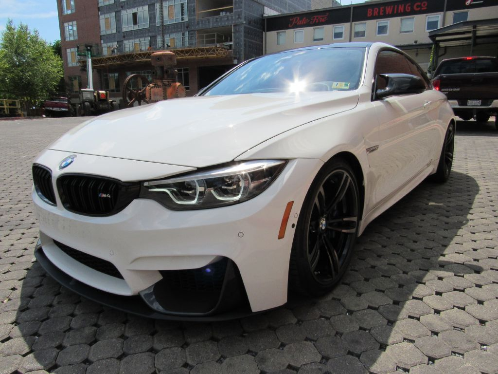 2018 BMW M4 COUPE AERO Carbon Roof Aero-Executive!