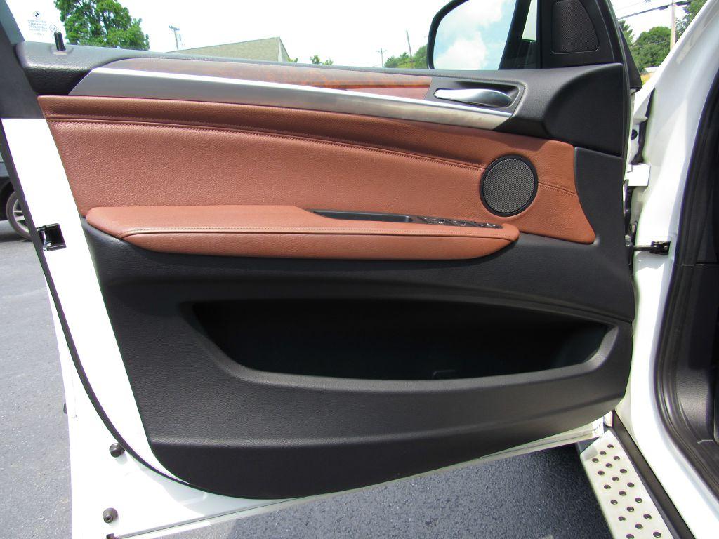 2013 BMW X5 XDRIVE 35I NAV-Skyview Cam-Michelins!!