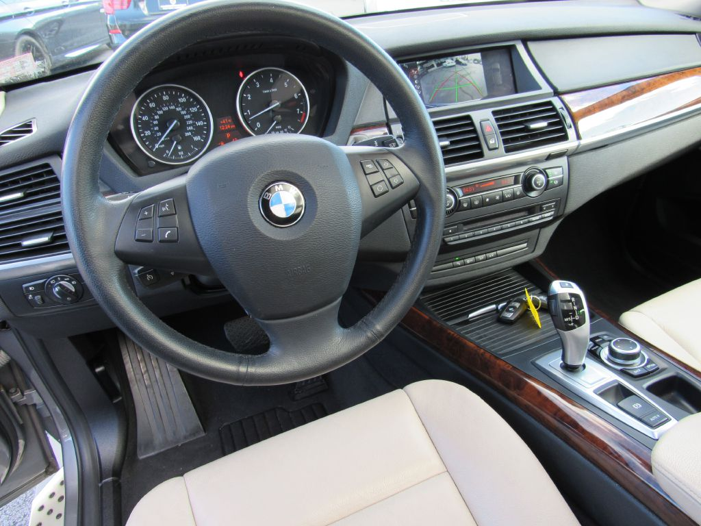 2013 BMW X5 35I XDRIVE 4 NEW Tires-NAV-Skyview!