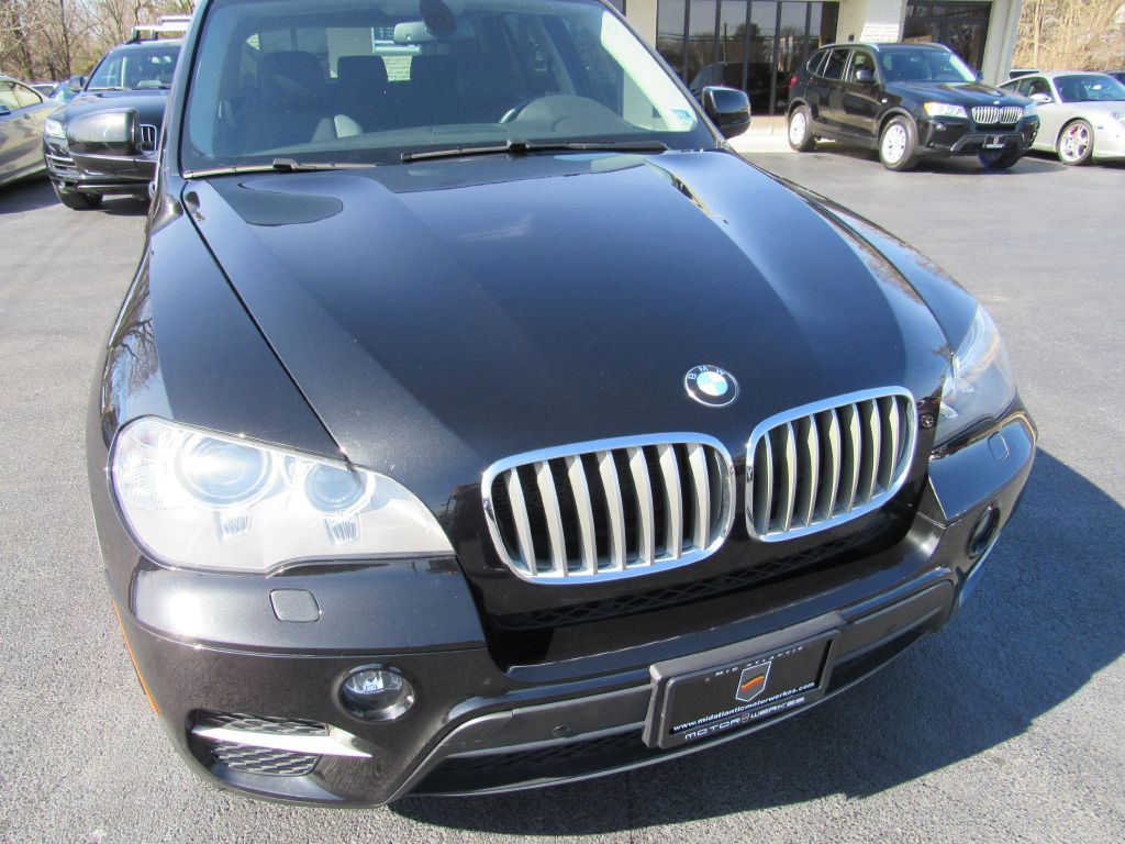 2013 BMW X5 35I XDRIVE NAV-Skyview Camera-Maintained!
