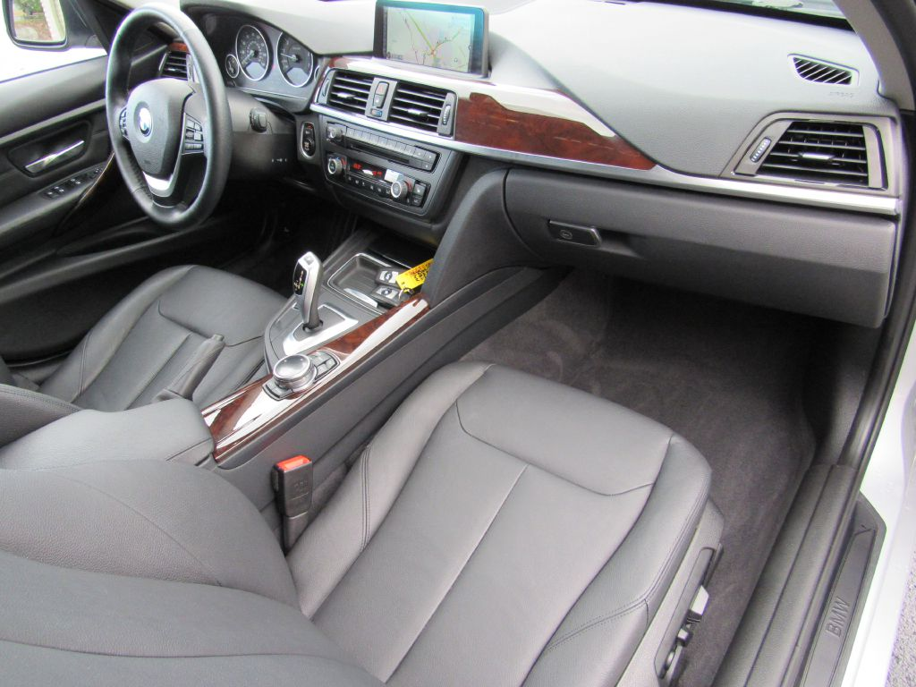 2014 BMW 328 I XDRIVE NAV Premium Cold Weather Pkg