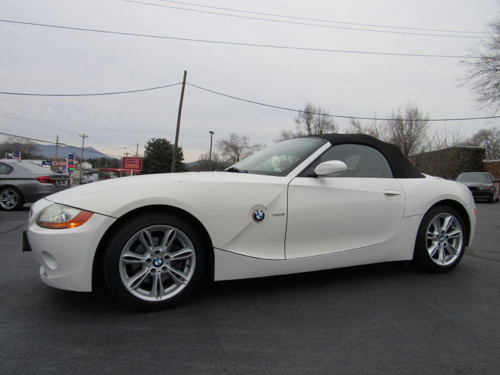 2004 BMW Z4 3.0 ROADSTER LOW Miles! White/Beige-Auto!