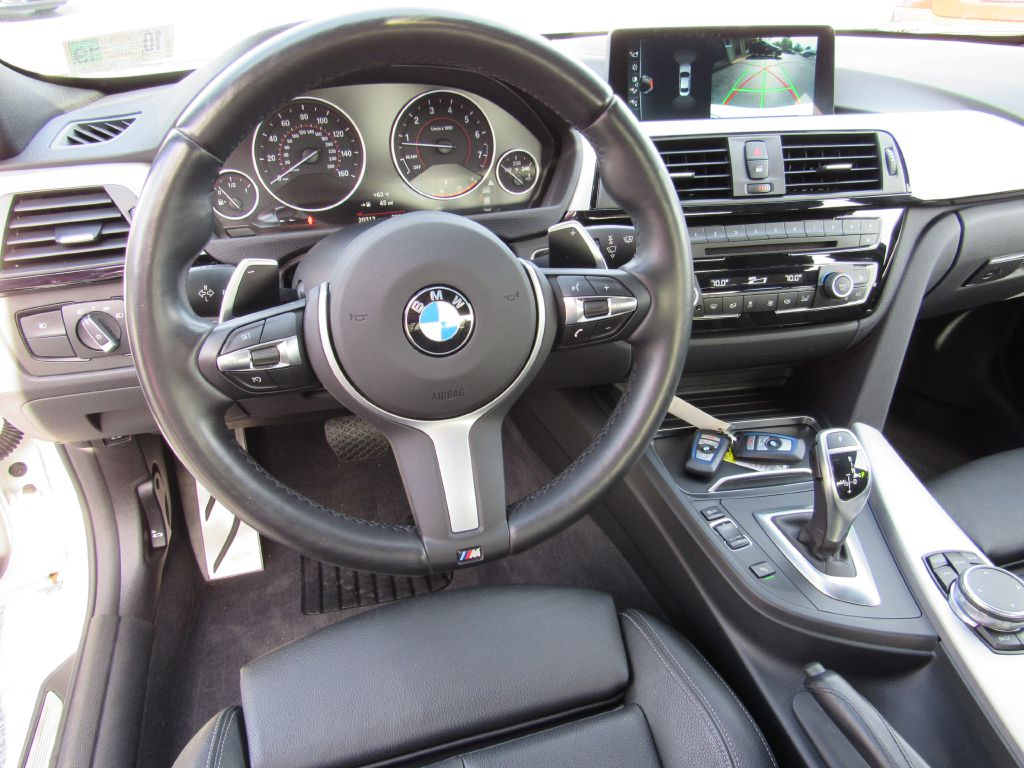 2017 BMW 330 xDrive ///M Sport NAV Camera