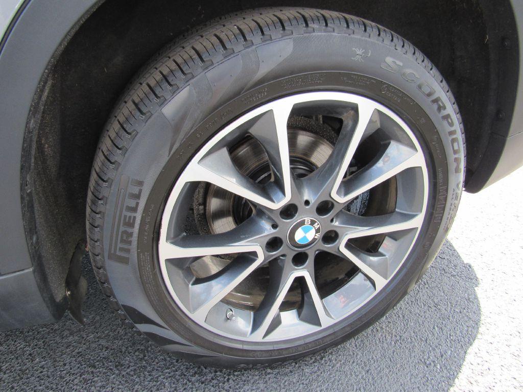 2017 BMW X5 35I XDRIVE XLine Pkg-Camera-NEW Tires!!