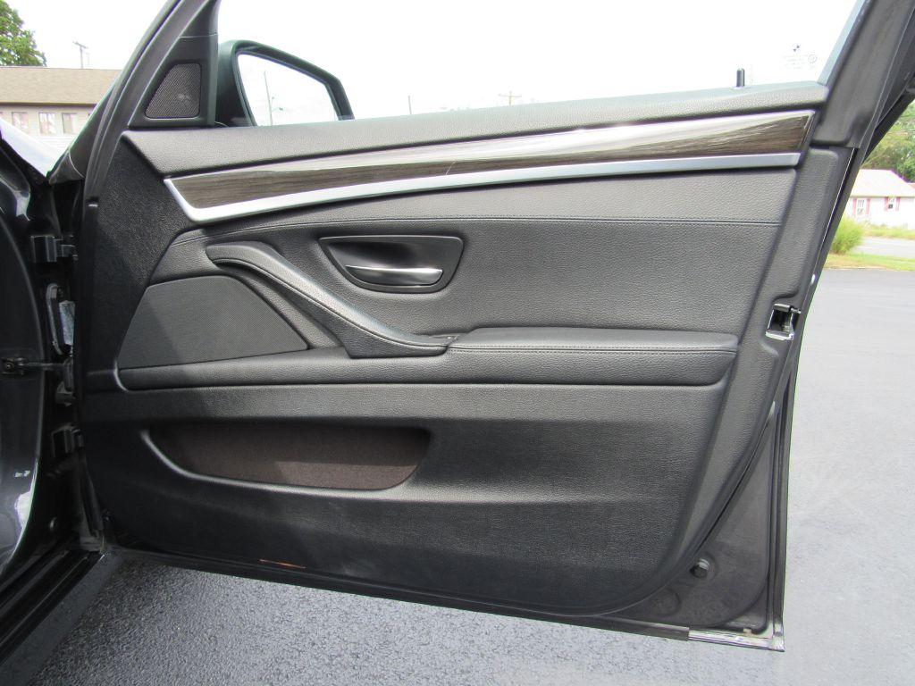 2012 BMW 528I XDRIVE xDrive NAV Rear Camera Premium