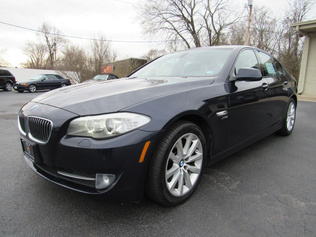 2012 BMW 528I XDRIVE Sport Pkg-NAV-Rear Camera-HIDs