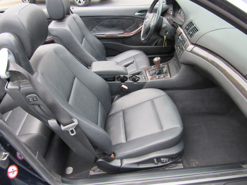2001 BMW 325 CONVERTIBLE 5-Speed Manual - Consignment