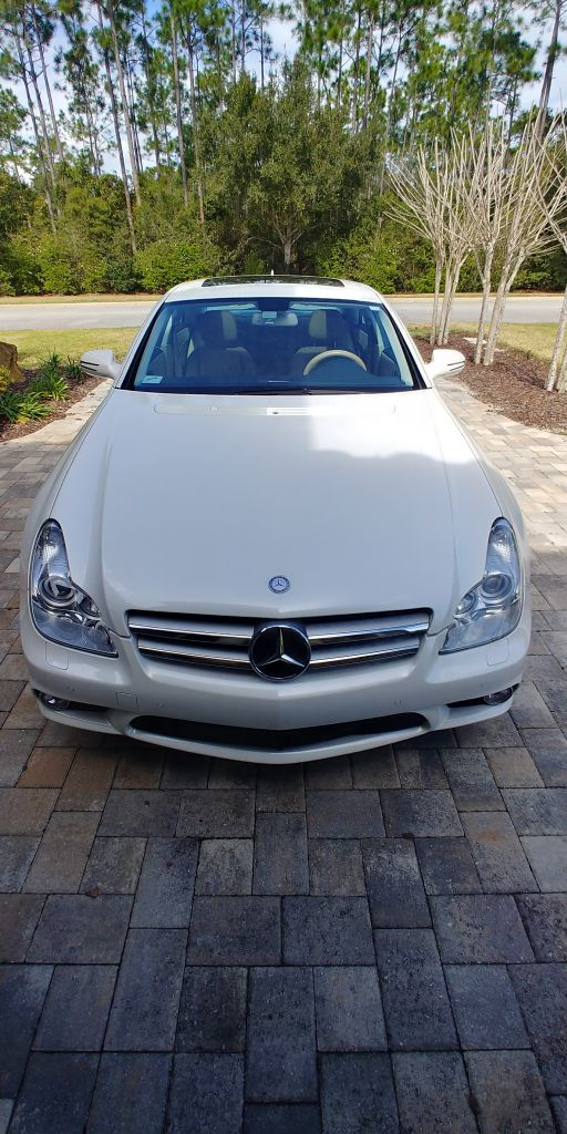 2009 MERCEDES-BENZ CLS 550 for sale at JHD Automotive Sales & Service