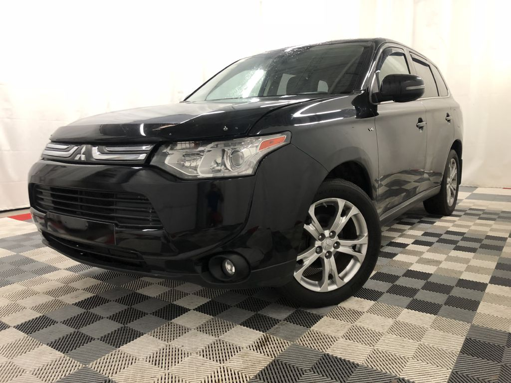 2014 MITSUBISHI GT OUTLANDER AWD GT for sale at Cherry Auto Group