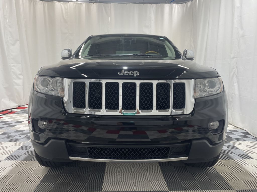 2011 JEEP GRAND CHEROKEE OVERLAND *AWD* for sale at Cherry Auto Group