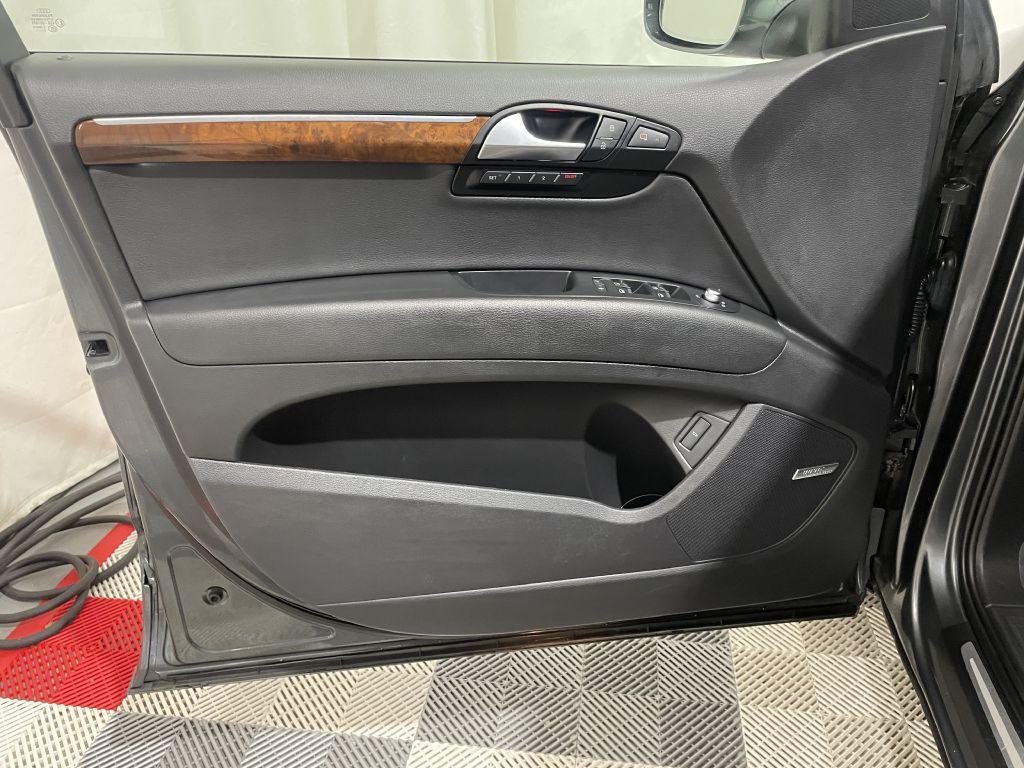 2014 AUDI Q7 PRESTIGE *AWD* for sale at Cherry Auto Group