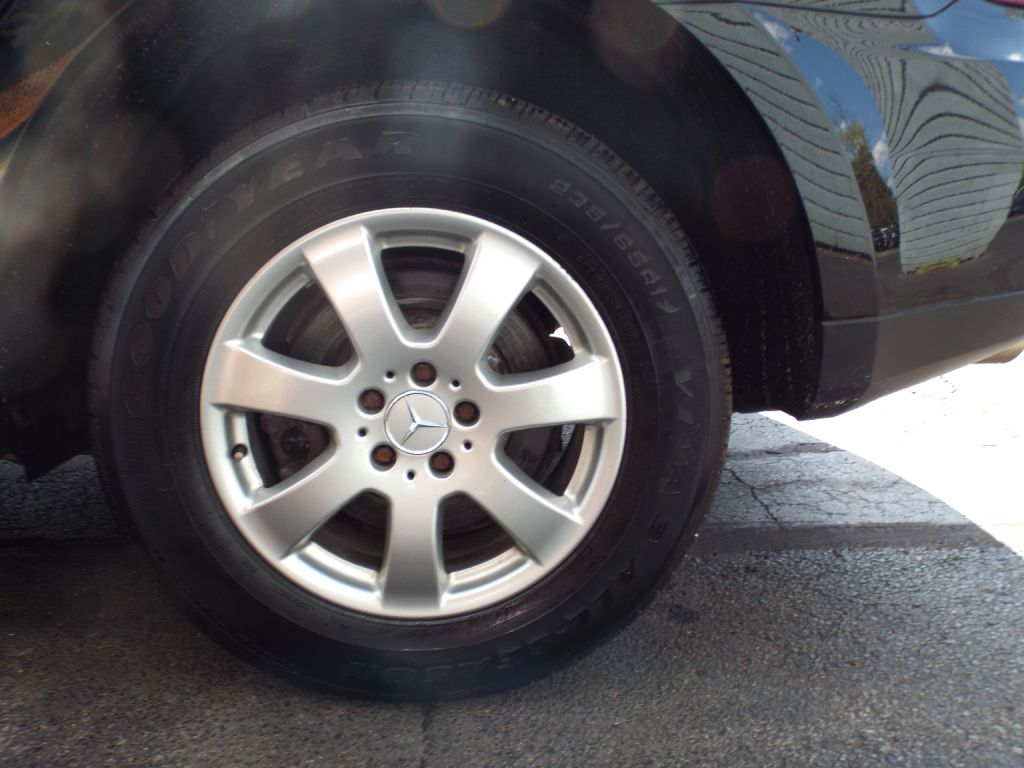 2006 MERCEDES-BENZ ML 350 for sale at Carena Motors
