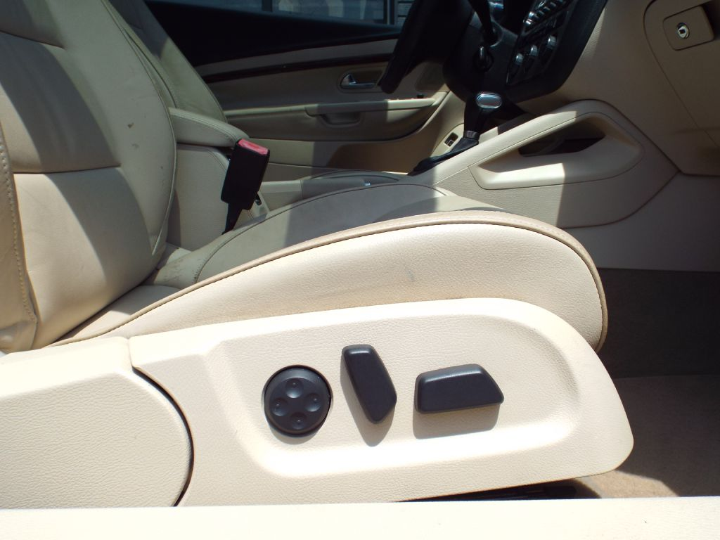 2009 VOLKSWAGEN EOS LUX for sale at Carena Motors