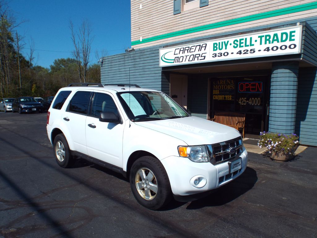 2010 FORD ESCAPE XLT for sale in Twinsburg, Ohio