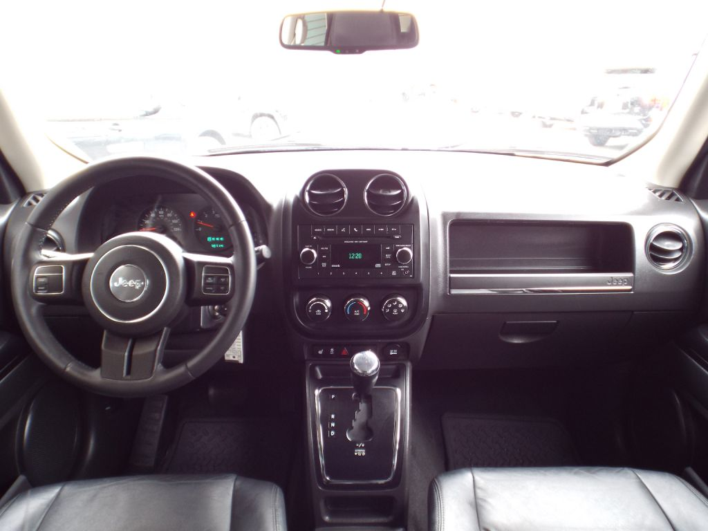 2013 JEEP PATRIOT LATITUDE for sale at Carena Motors