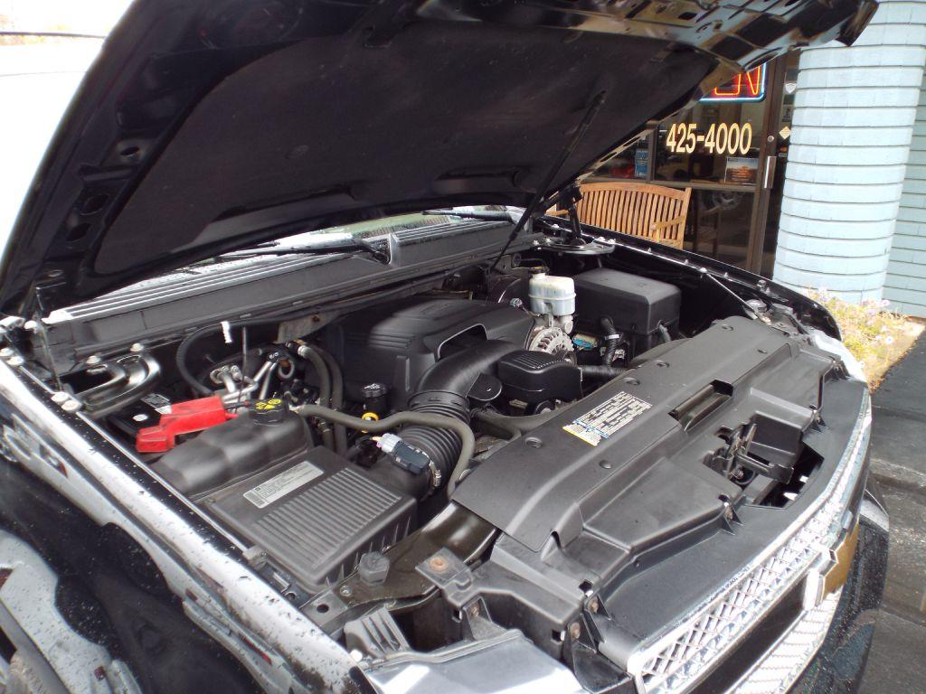 2011 CHEVROLET TAHOE 1500 LT for sale at Carena Motors
