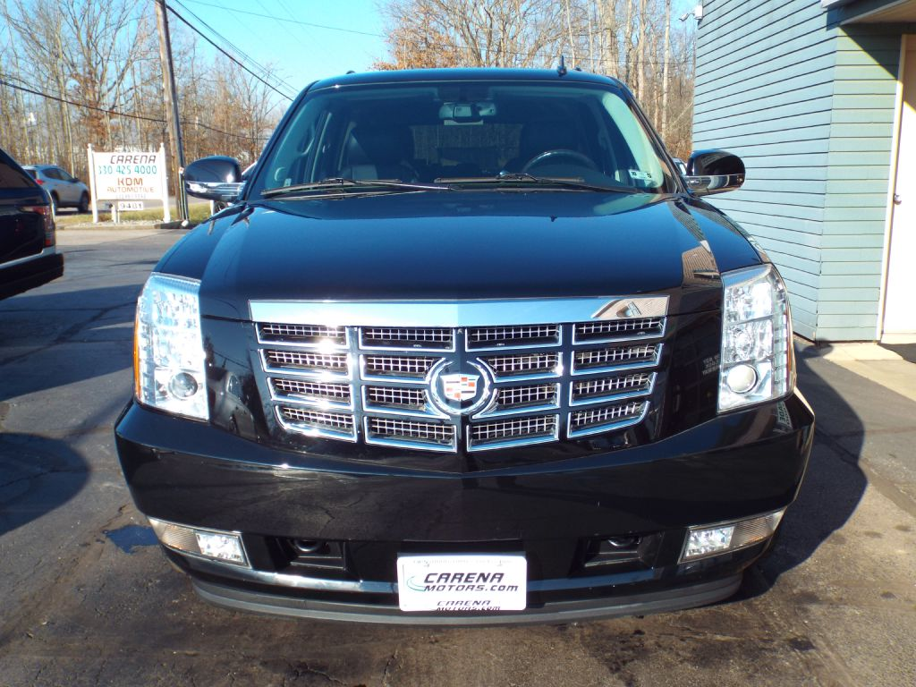 2014 CADILLAC ESCALADE LUXURY for sale at Carena Motors