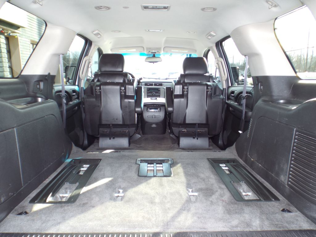 2011 CHEVROLET TAHOE 1500 LT Z71 for sale at Carena Motors