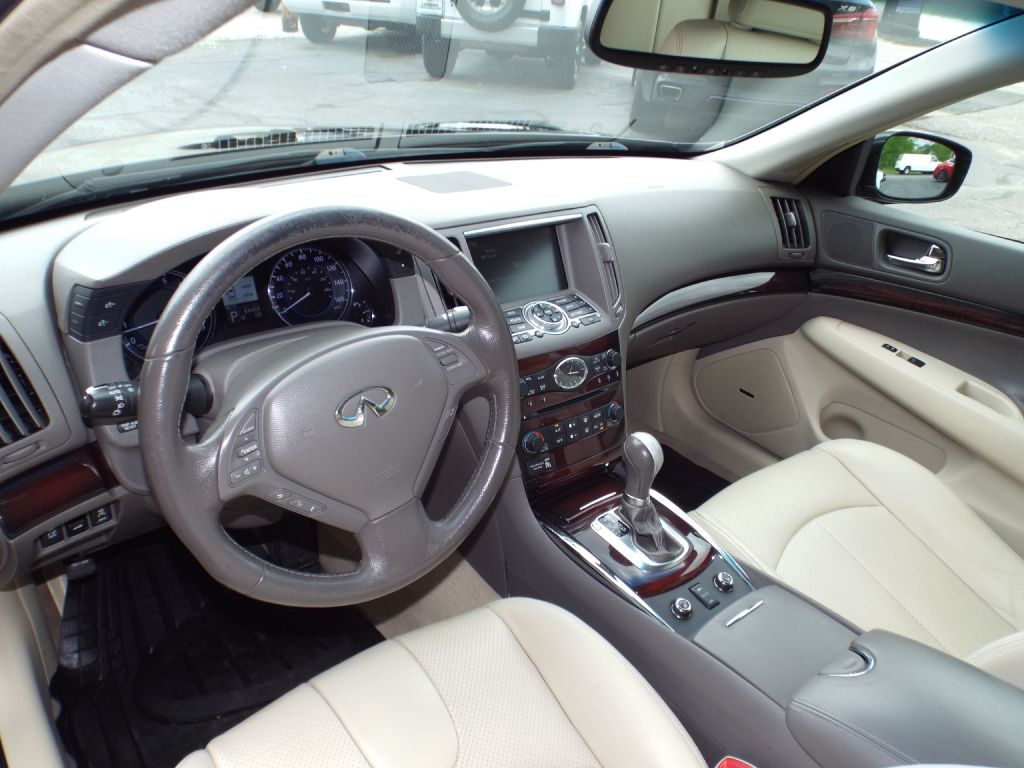 2011 INFINITI G37  for sale at Carena Motors