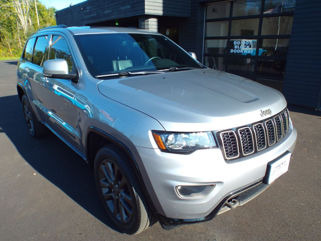 2016 JEEP GRAND CHEROKEE LIMITED for sale at Carena Motors