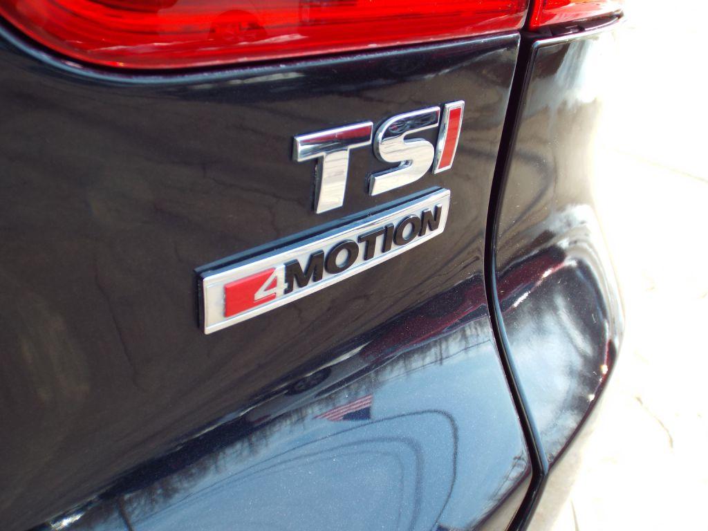 2016 VOLKSWAGEN TIGUAN SE for sale at Carena Motors