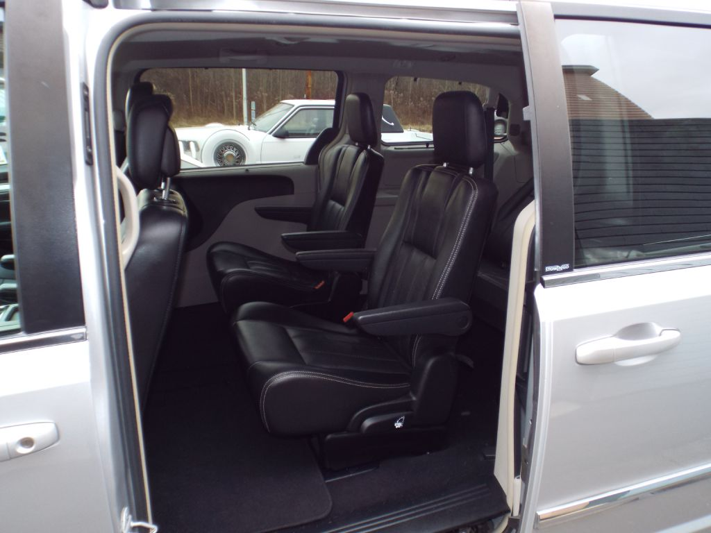 2011 CHRYSLER TOWN & COUNTRY TOURING L for sale at Carena Motors
