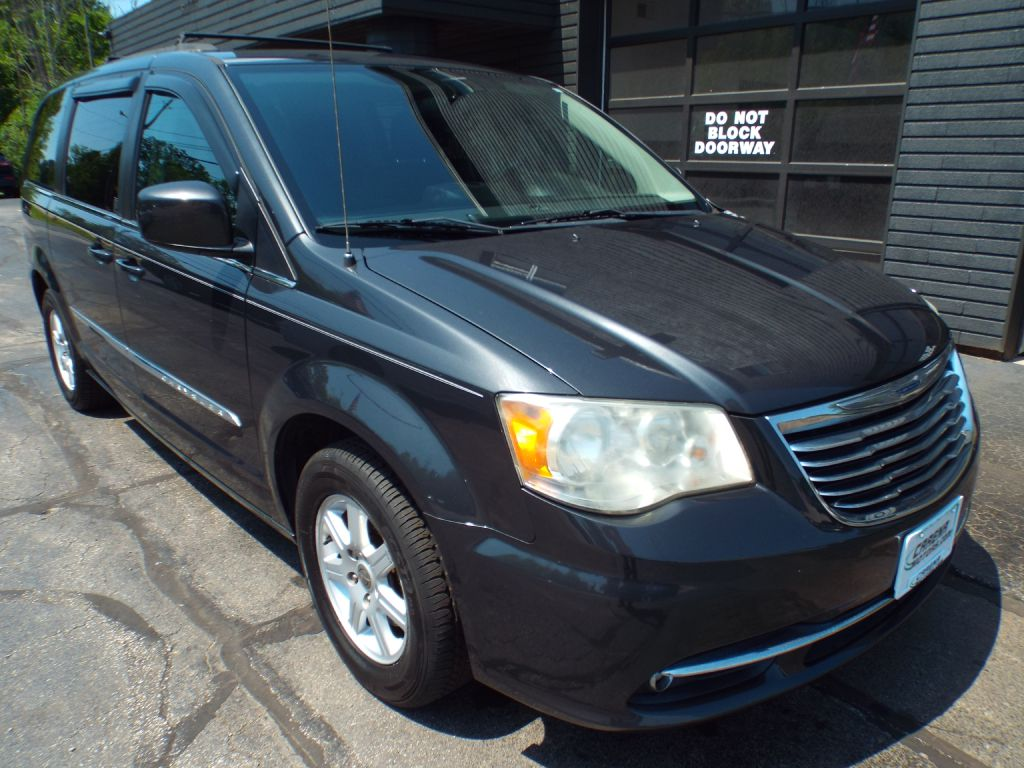 2011 CHRYSLER TOWN & COUNTRY TOURING for sale at Carena Motors