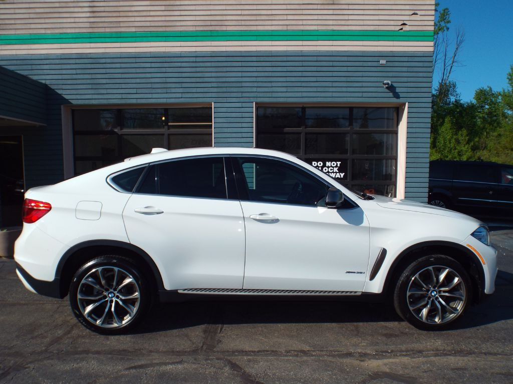 2016 BMW X6 XDRIVE35I for sale at Carena Motors