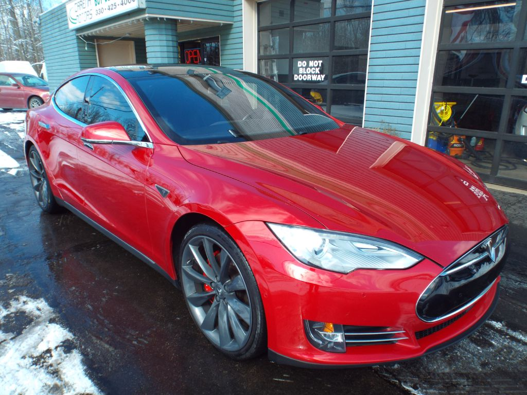 2014 TESLA MODEL S  for sale at Carena Motors