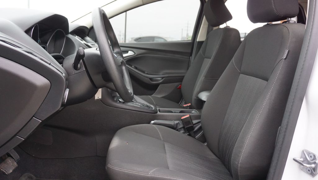 2016 FORD FOCUS SE for sale at Zombie Johns