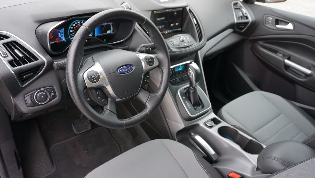 2013 FORD C-MAX SE for sale at Zombie Johns