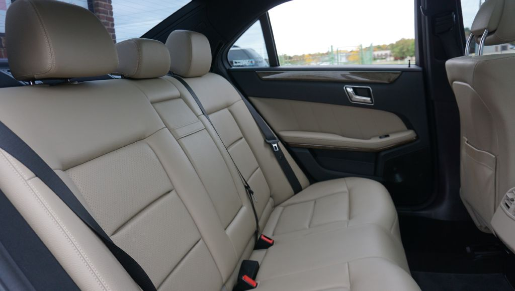 2010 MERCEDES-BENZ E-CLASS E350 4MATIC for sale at Zombie Johns