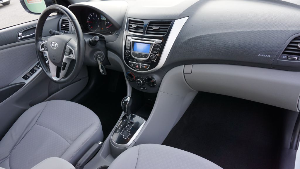 2013 HYUNDAI ACCENT GLS for sale at Zombie Johns