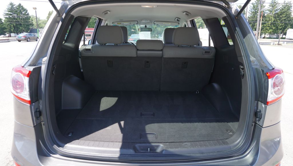 2011 HYUNDAI SANTA FE GLS AWD for sale at Zombie Johns