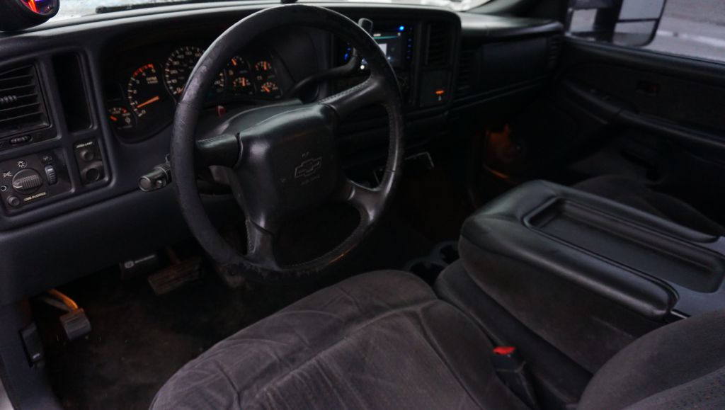 2002 CHEVROLET SILVERADO 2500 HEAVY DUTY for sale at Zombie Johns