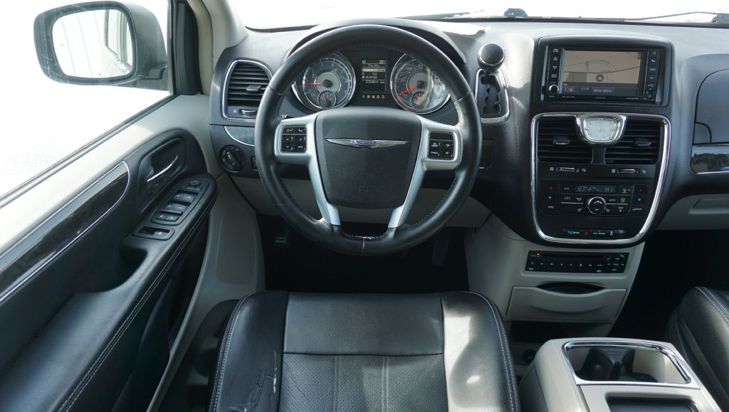 2011 CHRYSLER TOWN & COUNTRY TOURING L for sale at Zombie Johns