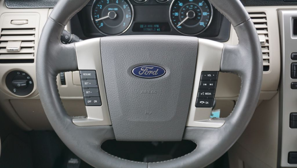 2011 FORD FLEX SE for sale at Zombie Johns