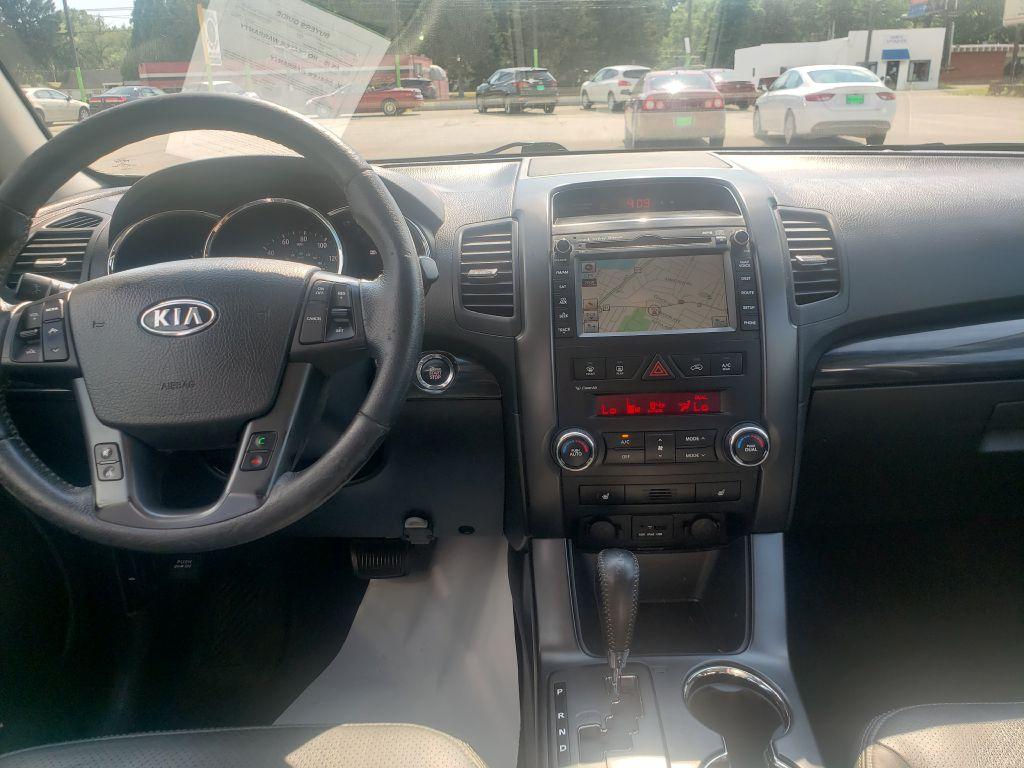 2011 KIA SORENTO EX  AWD for sale at Zombie Johns